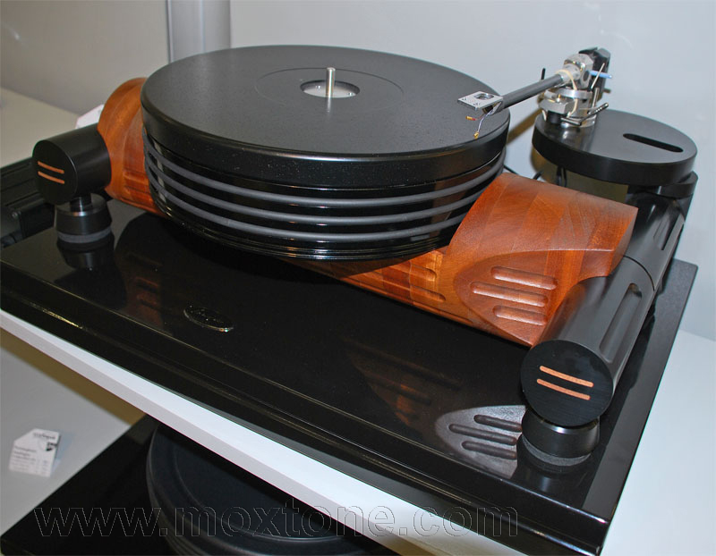Nottingham Analogue turntable
